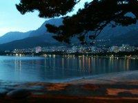Nočná Makarska